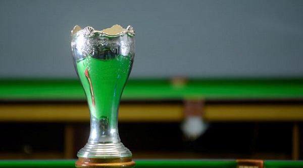 Кубок для победителя UK Snooker Championship 2014