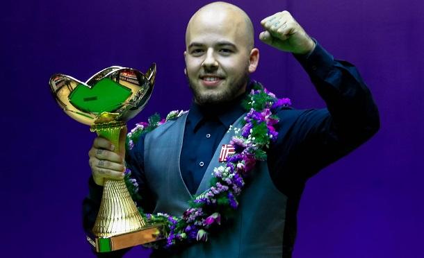 Лука Бресель - победитель China Championship 2017 (фото: World Snooker)